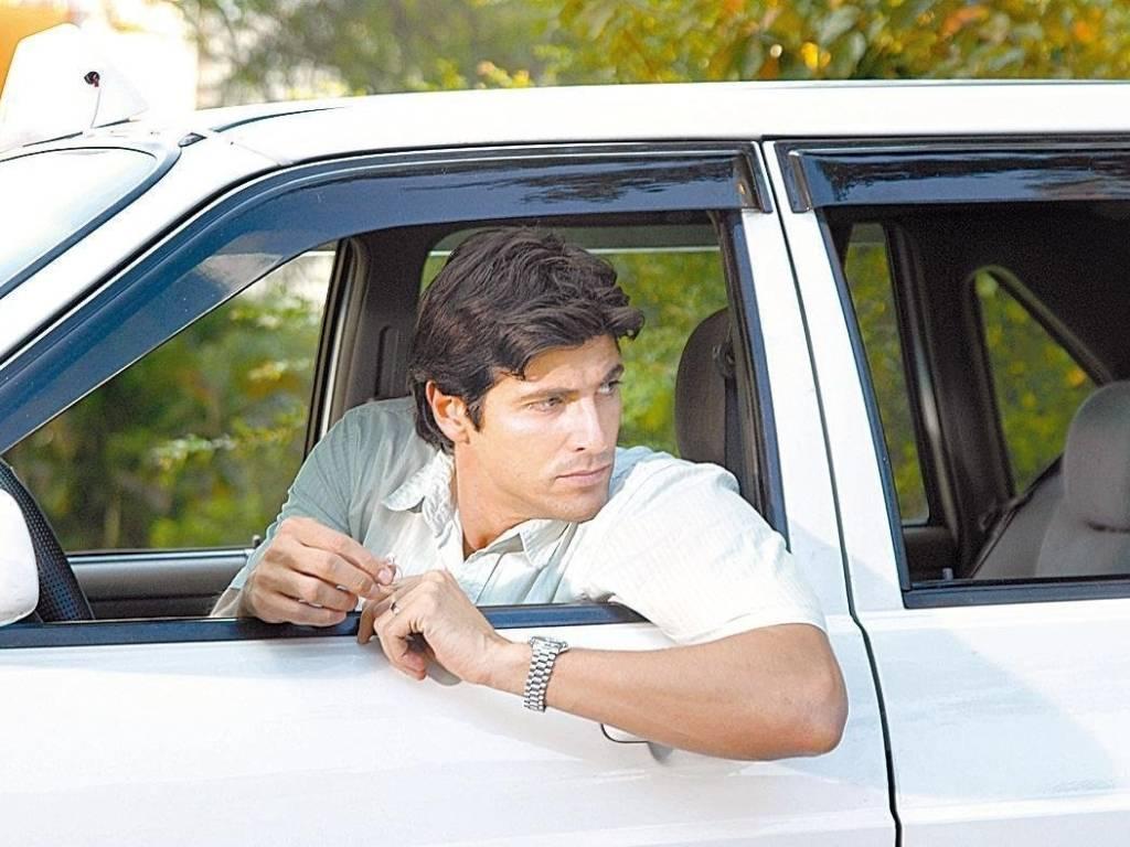 O ator Reynaldo Gianecchini interpretou o taxista Dante Florentino na novela
