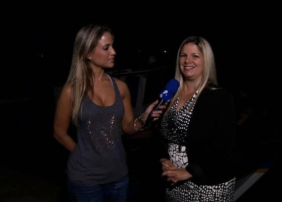 Mônica Apor entrevista Viviane Brunieri, ex de Ronaldo Fenômeno, para o TV Fama (29/7/11)