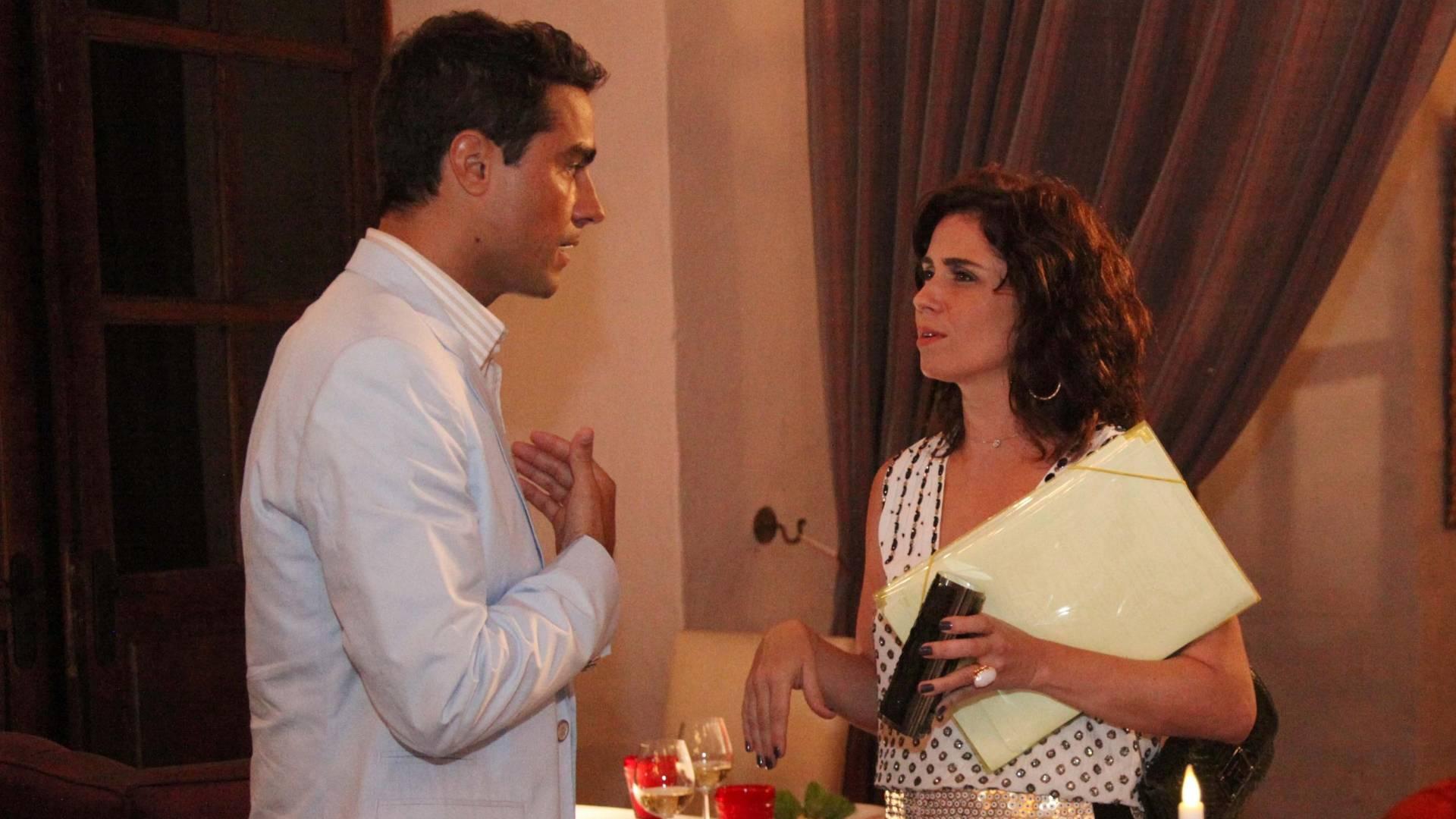 Ricardo Pereira e Giovanna Antonelli gravam cenas de