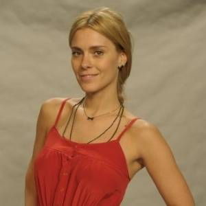 A atriz Carolina Dieckmann como a personagem Teodora da Silva, vilã da novela