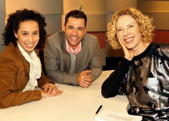 Marília Gabriela entrevista os atores Thalita Carauta e Rodrigo Sant'anna no