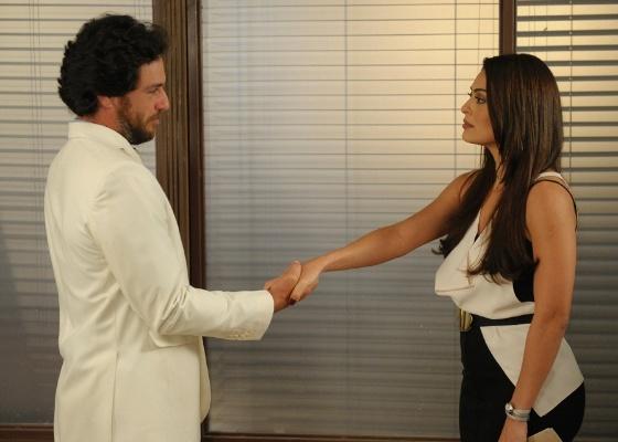 Rodrigo Lombardi e Juliana Paes gravam cenas de O Astro (setembro/2011)