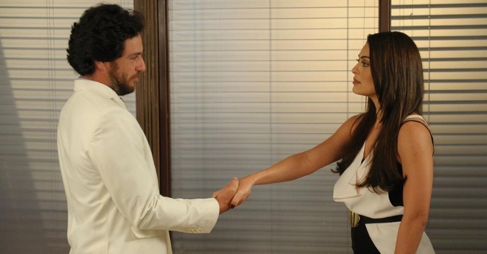 Rodrigo Lombardi e Juliana Paes gravam cenas de