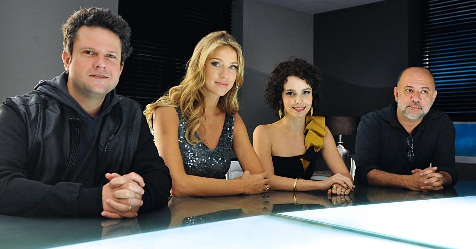 Selton Mello, Luana Piovani, Débora Falabella e o diretor Cláudio Torres, durante encontro da equipe da série