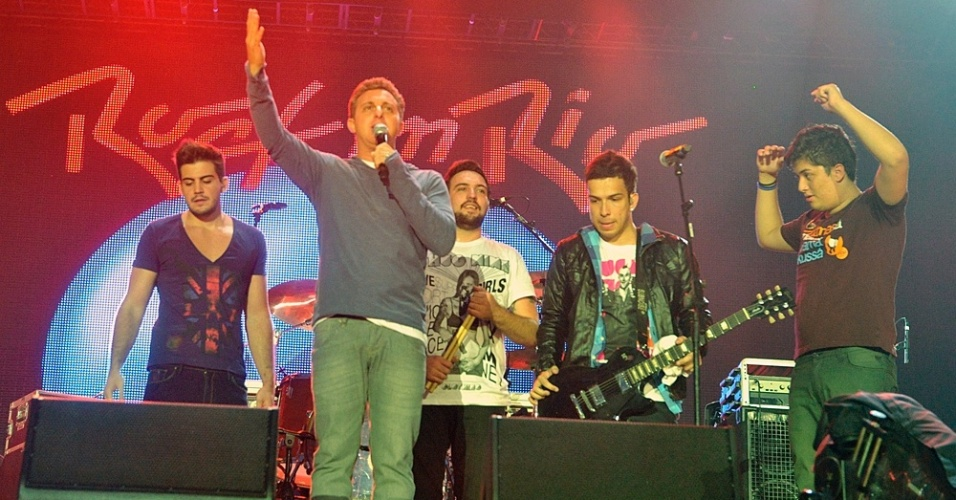 Luciano Huck e a banda Arsenic no palco do Rock In Rio (30/9/11)