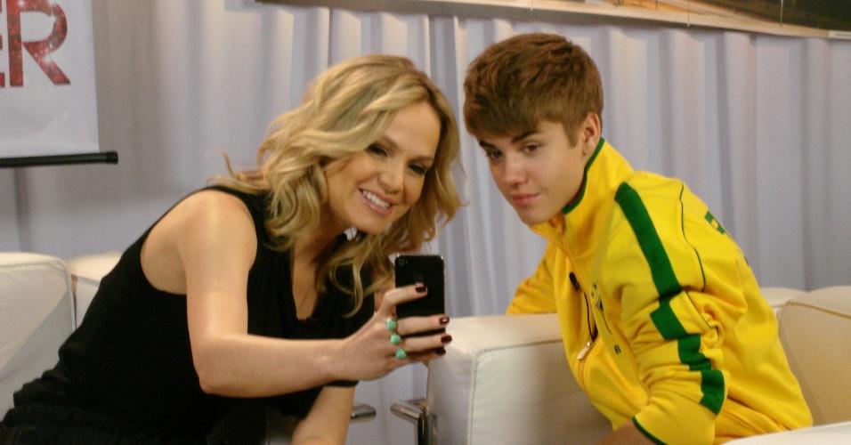Eliana entrevista Justin Bieber durante passagem do cantor pelo Brasil (16/10/2011)