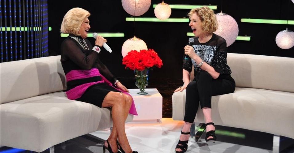 Hebe entrevista Marília Gabriela (15/11/11)