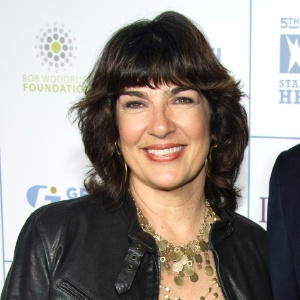 Christiane Amanpour permanece na CNN e na ABC News em 2012
