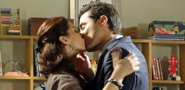 Giovanna Antonelli e Ricardo Pereira em cena de