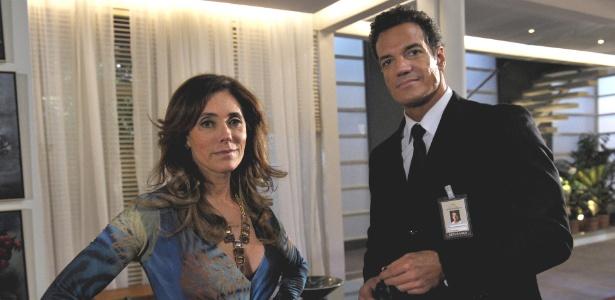 Após mais um golpe fracassado, Ferdinand (Carlos Machado) promete vingança contra Tereza Cristina (Christine Torloni)