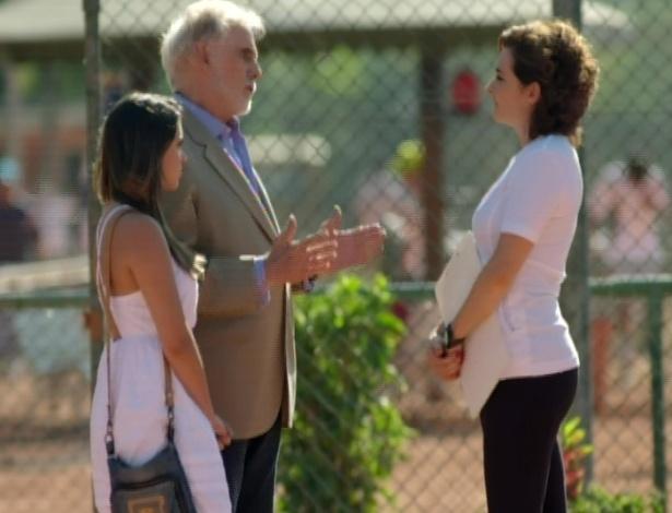 Mariano insiste com Vitória, mas a treinadora nega qualquer ajuda à garota que tomou anabolizante