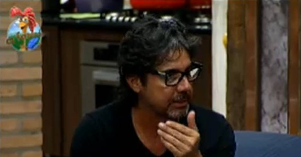 João Kléber diz à Taciane que foi imaturo (23/7/11)