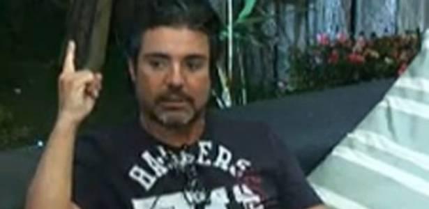 João Kléber afirma que se arrepende de ter votado em Raquel (31/07/11)