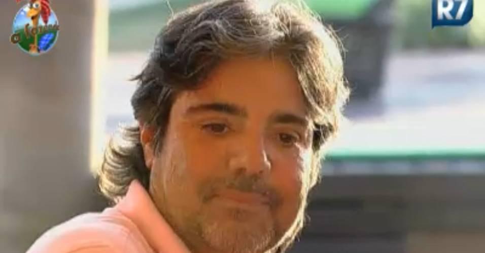 João Kléber acha que o povo quer ver o circo pegar fogo (16/8/2011)