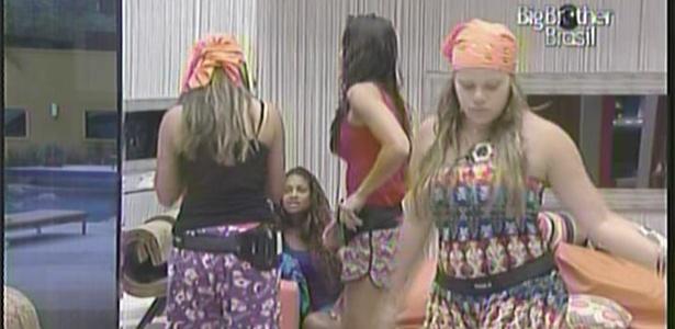 'Sisters' dançam logo pela manhã (14/01/11)