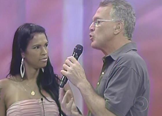 Ariadna revelou para Pedro Bial que espera reatar o relacionamento com seu ex-marido, Gabriel (18/1/11)