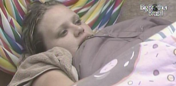 Paulina acha que não está passando uma boa imagem para o público do programa (30/1/11)