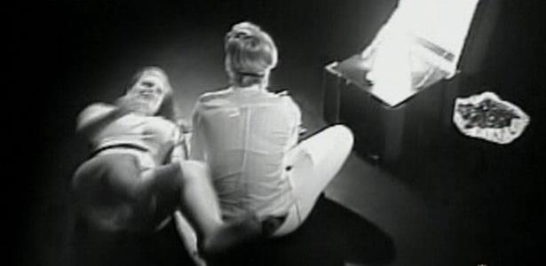 Paulinha e Diana abrem os cadeados e estão livre do paredão e do quarto do terror (23/2/11)