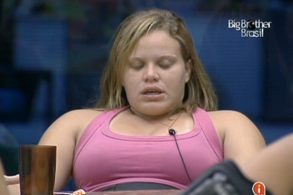 """Paula relembra outras edições do reality durante conversa com os """"brothers"""" (2/3/11)"""