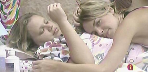 Diana ganha cafuné de Paula no quarto Jujuba (10/3/11)