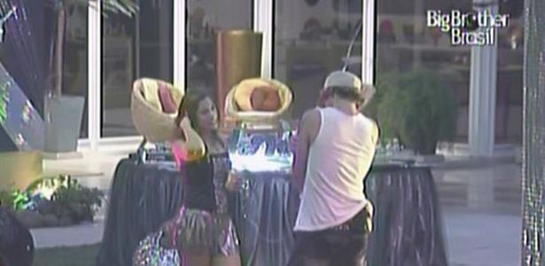 Maria e Mauricio são os últimos sobreviventes da Festa Dance Vibe (10/3/11)