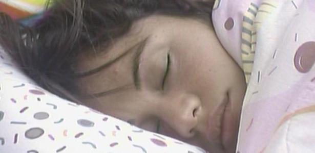 Cansada com o castigo do monstro, Maria volta a dormir (12/3/11)