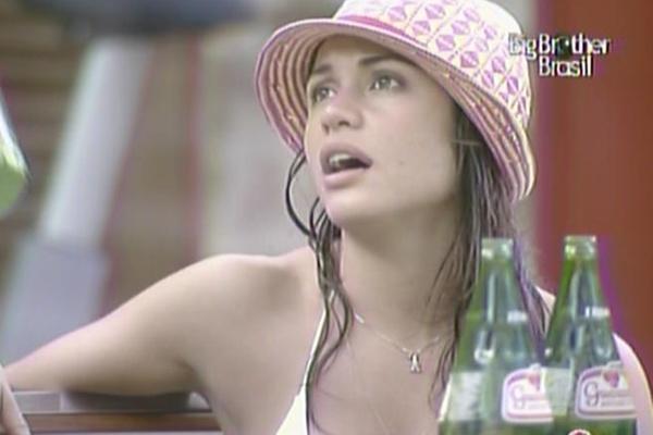 Maria diz a Daniel que pretende conversar com Jaqueline para saber por que a dançarina está tão quieta (14/3/11)
