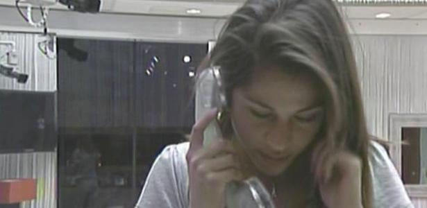 Maria atende big fone e tem que indicar alguém ao paredão (18/3/11)