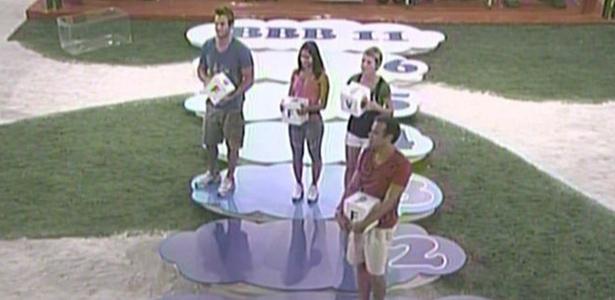 Diana, Maria e Wesley fazem defesa para o paredão na área da prova do líder (26/3/11)