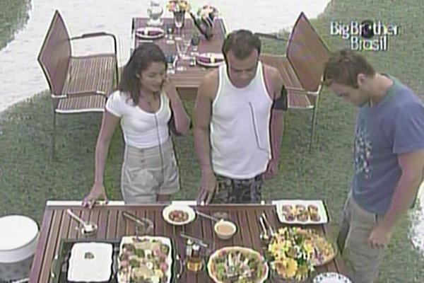 Finalistas são surpreendidos com almoço português nesta segunda-feira (28/3/11)