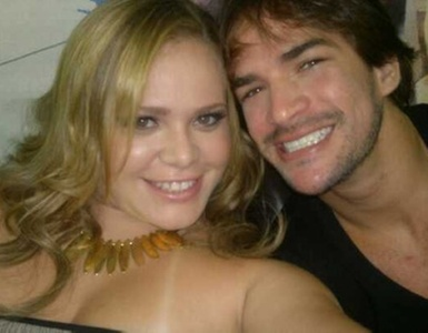 "Paula e Rodrigo nos bastidores da grande final do ""Big Brother Brasil 11"" (29/3/11)"