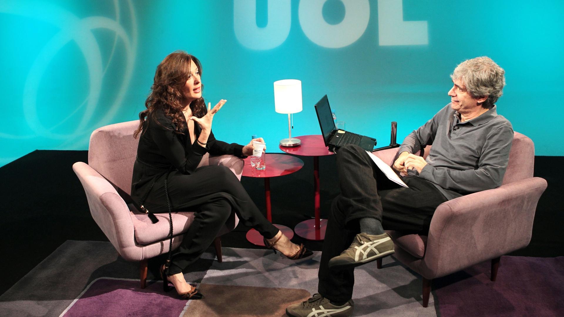 Claudia Raia participa do UOL Vê TV (04)