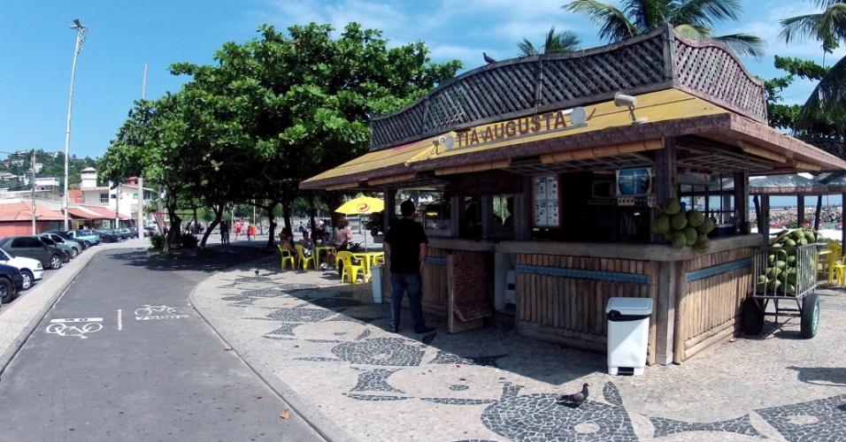"""O bar da Tia Agusta é um dos points do Quebra-Mar, local onde fica a antiga casa da personagem Griselda, de """"Fina Estampa"""""""
