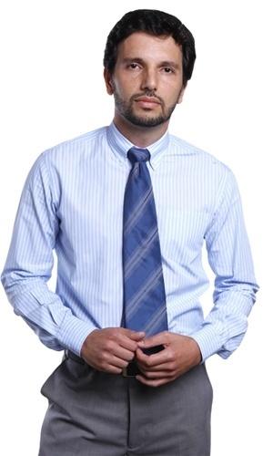 Jose Bitencourte é Uilha. Filho de Deolinda (Nica Bomfim), trabalha na construtora de Verbena (Ana Lucia Torre)
