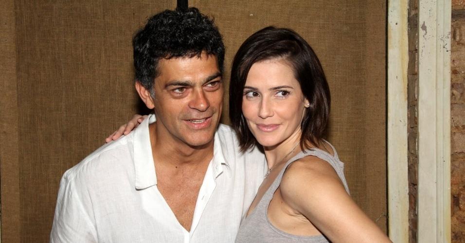 """Na apresentação da nova série da Globo, Deborah Secco disse que """"teve medo de não conseguir se despedir da Natalie Lamour"""", seu último papel na TV, na novela """"Insensato Coração"""" (1/3/2012)"""
