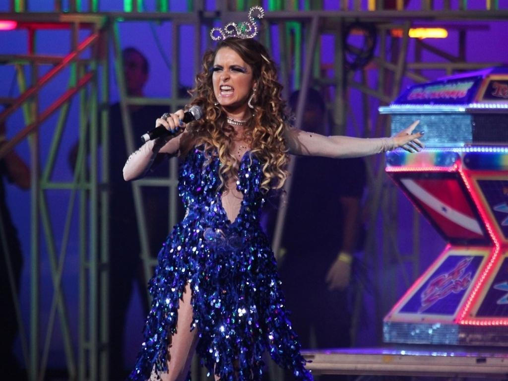 A atriz Cláudia Abreu viverá a cantora de technobrega Chayene, uma vilã cômica na próxima novela das 19h