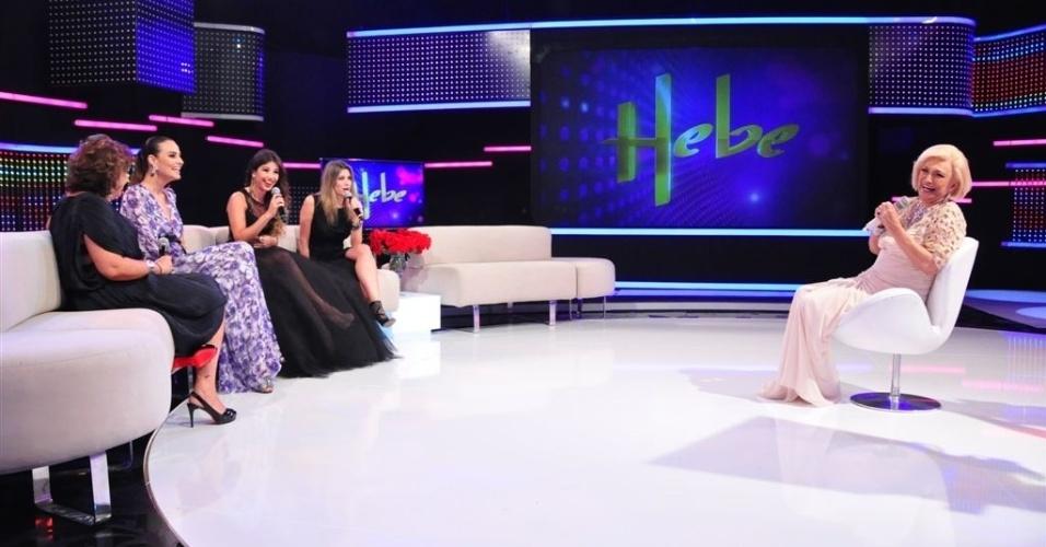 Hebe Camargo participa do Roda de Mulheres em seu programa (5/3/12)