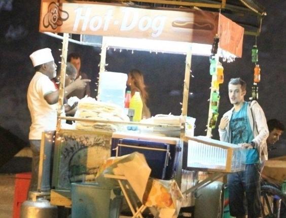 """Jayme Matarazzo grava cenas da novela """"Cheia de Charme"""", no Recreio, Zona Oeste do Rio de Janeiro. O ator está no elenco da próxima trama das sete (6/3/12)"""