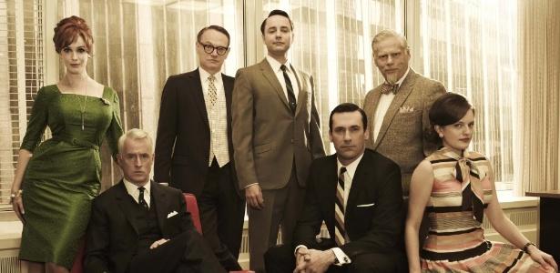 Elenco em imagem da 5ª temporada de Mad Men