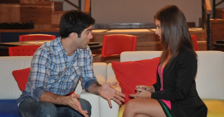 """Augusto Garcia e Lisandra Parede em cena de """"Rebelde"""" (março/2012)"""