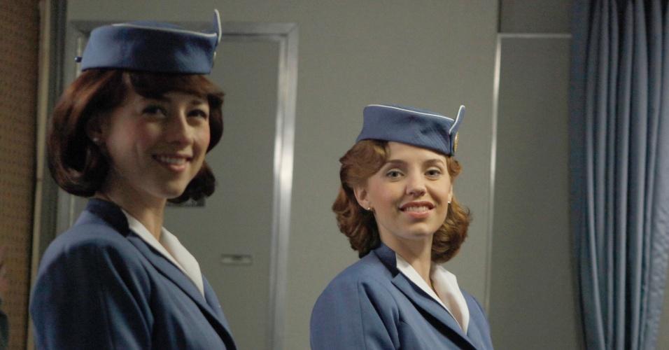 """Colette Valois(Karine Vanasse) e Kate Cameron (Kelli Garner) em cena de """"Pan Am"""""""