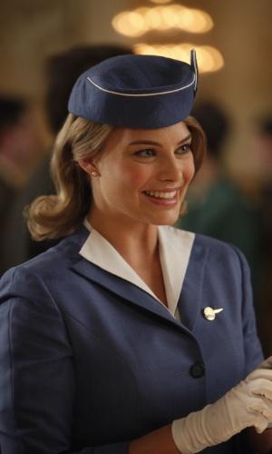 """Laura Cameron (Margot Robbie) é uma garota linda, doce e inteligente . Vive balançando os corações dos homens. Curiosa e entusiasmada, ela é o membro mais novo da """"Pan Am"""""""