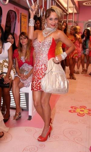 """Lady Kate (Katiuscia Canoro) vai entrar no Vagão das Mulheres , novo quadro do """"Zorra Total"""" (16/3/12)"""