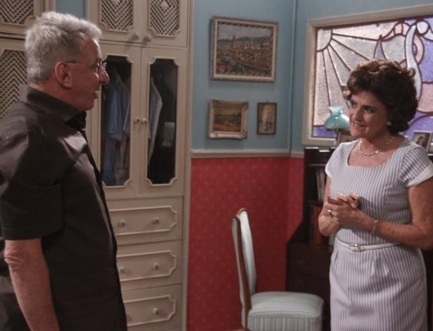"""Lineu (Marco Nanini) e Nenê (Marieta Severo) em cena da 12ª temporada de """"A Grande Família"""" (19/3/12)"""