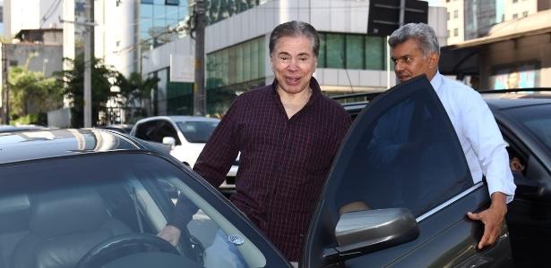 Silvio Santos sai de férias no mês de aniversário do SBT (21/3/12)
