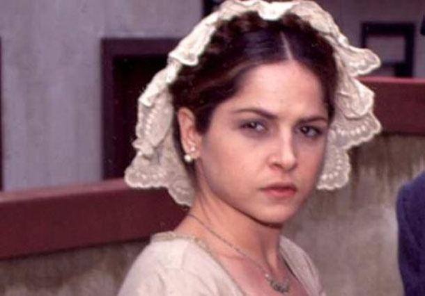 Drica Moraes como Violante em