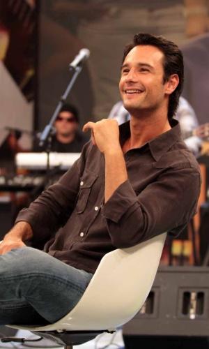 """O ator Rodrigo Santoro grava participação no programa """"Altas Horas"""", em São Paulo (22/3/2012)"""