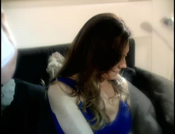 Crô lembra de conversa antiga com Tereza Cristina. Ele pergunta sobre os crimes de Tereza Cristina.