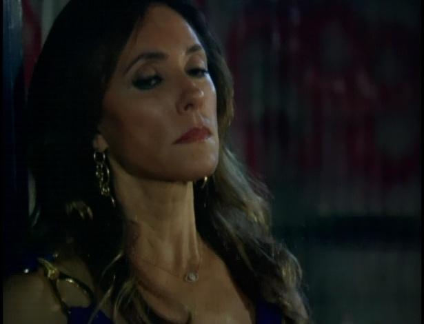 Tereza Cristina mostra as gravações para Griselda, mas Ferdinand enganou a patroa e gravou uma mensagem que diz que, se ela chegou até lá, é porque ele está morto
