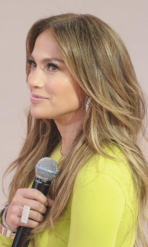 """Jennifer Lopez esteve no programa para escolher um dançarino para participar de seu reality show chamado """"Q Viva"""" (26/3/2012)"""